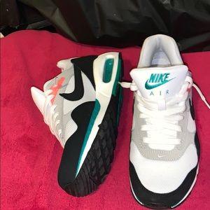Nike Air women's